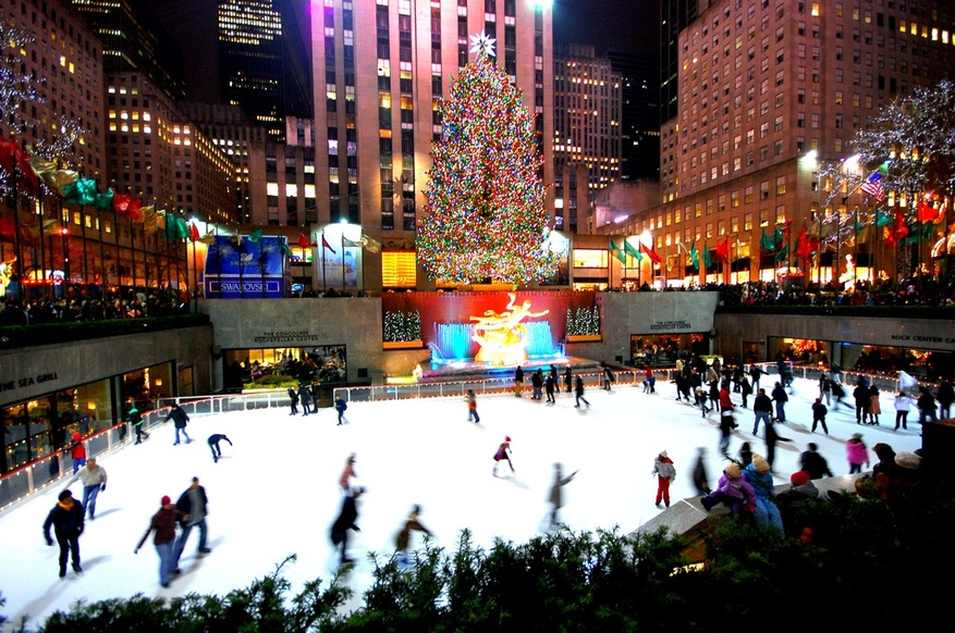 New york city christmas time tour 4 day bus tour from for Things to do in nyc during winter